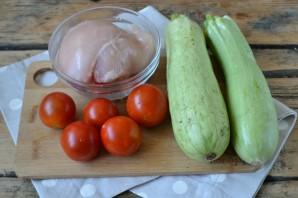 Курица с кабачками - фото шаг 1