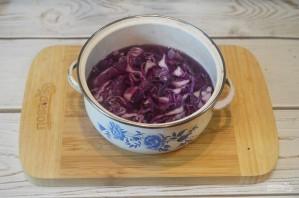 Краснокочанная капуста, консервированная со сливами - фото шаг 3
