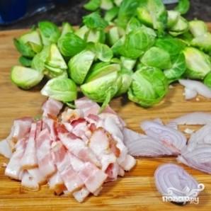 Паста с брюссельской капустой и беконом - фото шаг 1