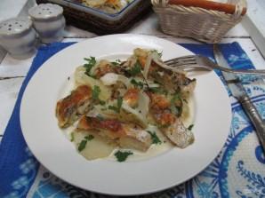 Хек в духовке с картошкой  - фото шаг 10