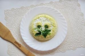 Салат с консервированной горбушей и грибами - фото шаг 10