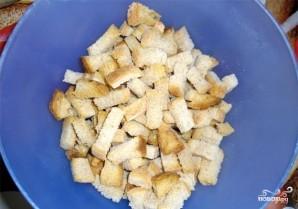 Гренки с чесноком в духовке - фото шаг 6