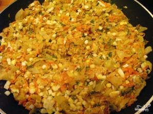 Пирог с капустой и яйцом - фото шаг 4