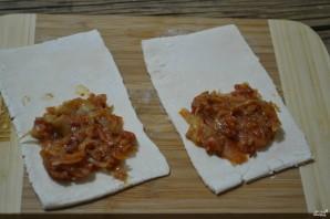 Пирожки с капустой из слоеного бездрожжевого теста - фото шаг 3