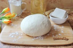 Дрожжевое тесто для чебуреков - фото шаг 9