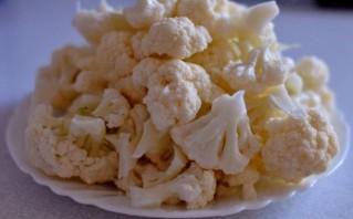 Цветная капуста, запеченная в духовке с сыром - фото шаг 2