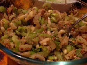 Салат с сельдереем и с ананасом - фото шаг 6
