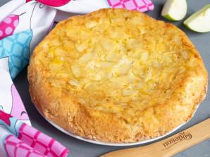 Шарлотка на сливочном масле с яблоками - фото шаг 7