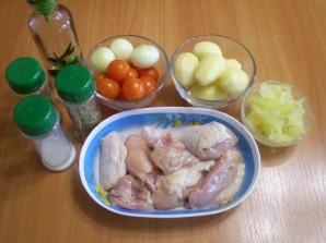 Курица в духовке с овощами и картофелем - фото шаг 1
