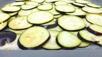 Баклажаны, жаренные в панировке - фото шаг 1