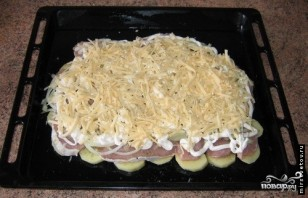 Мясо по-французски с картофелем и помидорами - фото шаг 4