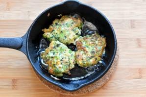 Куриные «растрепки» с овощами, шпинатом и брынзой - фото шаг 4