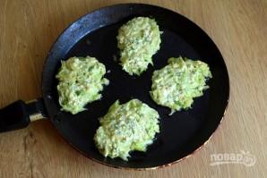 Оладьи из кабачков на сковороде - фото шаг 4
