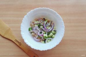 Салат с фасолью и огурцами - фото шаг 7