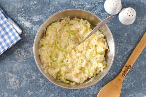 Запеканка из кабачков с рисом и фрикадельками - фото шаг 4