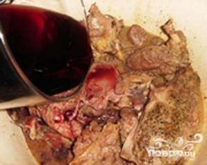 Дичь в вине - фото шаг 2