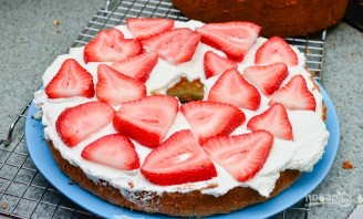 Торт со сливками и клубникой - фото шаг 12