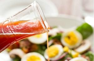 Салат с грибами и яйцами - фото шаг 3
