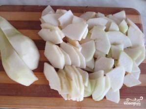 Салат из груши с сыром - фото шаг 2