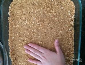 Пирог из крекеров со сгущенкой и шоколадом - фото шаг 4