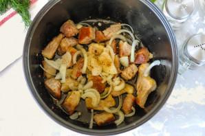 Свинина в соевом соусе в мультиварке - фото шаг 5