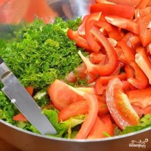 Средиземноморский салат с мидиями - фото шаг 7