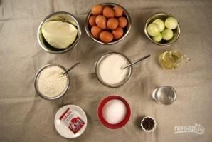 Пирожки с жареной капустой - фото шаг 1