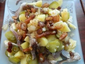 Салат с сельдью по-цёблицки - фото шаг 9
