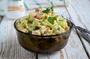 Салат с копченым мясом и огурцом - фото шаг 8