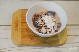 Кекс с черешней, шоколадом и орехами - фото шаг 2