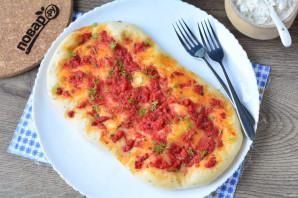Лепешка с томатом и базиликом - фото шаг 11