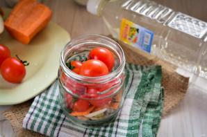 Сладкие помидоры с луком на зиму - фото шаг 3