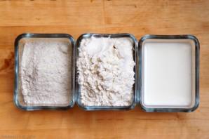 Тесто для кыстыбый на молоке - фото шаг 1