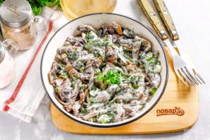 Салат с жареными шампиньонами - фото шаг 7