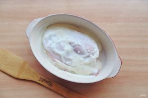 Морской окунь в молоке в духовке - фото шаг 6