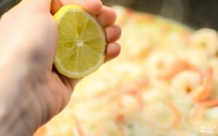 Жареные креветки в соусе - фото шаг 2