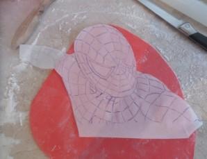 """Торт бисквитный """"Человек-паук"""" - фото шаг 4"""