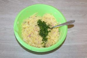Драники с ветчиной, сыром и зеленью - фото шаг 4