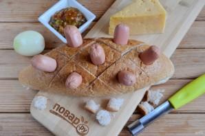 Хлебный ёжик с сосисками и сыром - фото шаг 4