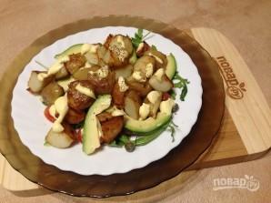 Теплый картофельный салат с авокадо - фото шаг 7