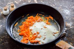 Морковные котлеты с творогом - фото шаг 3