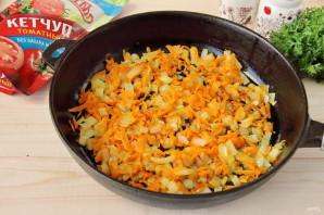 Куриная печень в томатном соусе с кетчупом - фото шаг 3