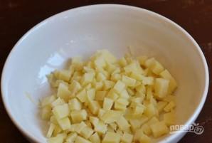 Салат с крабовыми палочками, яйцом и майонезом - фото шаг 1