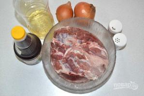 Шашлык в масле и луке - фото шаг 1
