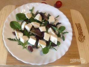 Салат с моцареллой, запеченными перцем и помидорами - фото шаг 5