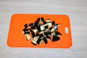 Салат с баклажанами и фасолью - фото шаг 2