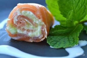 Рулет из лосося со сливочным сыром - фото шаг 6