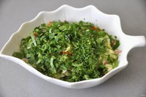 Салат из молодой зелёной капусты - фото шаг 8
