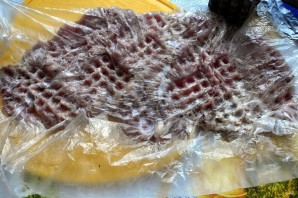 Ароматные рулеты из индейки с картофельным кугелем - фото шаг 3