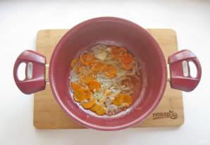 Скумбрия в томате с овощами - фото шаг 4